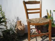 Stühle sind eine unterschätzte Gefahr bei kleinen Kindern